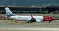 Boeing 737-800 LN-DYH.jpg