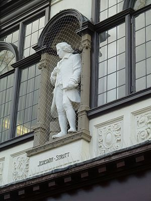 Jedediah Strutt - Statue of Jedediah Strutt on the Boots building, East Street, Derby