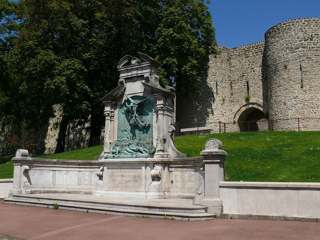 file boulogne sur mer monument aux wikimedia commons. Black Bedroom Furniture Sets. Home Design Ideas