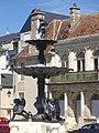 Bourges - fontaine Bourdaloue (03).jpg