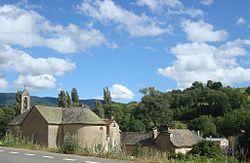 Brenoux- L'église et le village.JPG