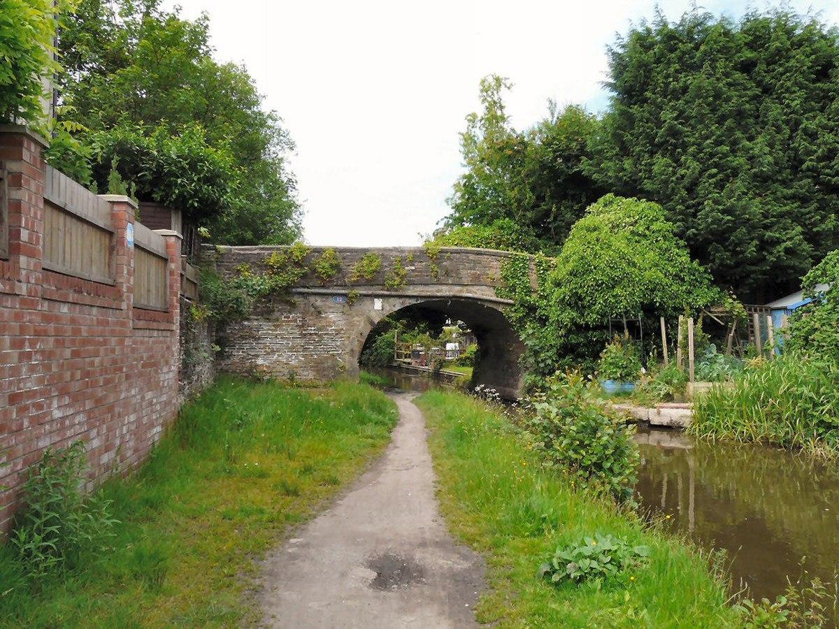 Bridge No. 12, Peak Forest Canal.jpg