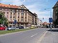 Bubeneč, Čs. armády, od Vítězného náměstí.jpg