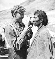 Bundesarchiv Bild 135-KB-15-083, Tibetexpediton, Anthropometrische Untersuchungen