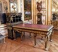Bureau-baumhauer-chateauchantilly.jpg