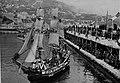 CPA Combat naval fleuri Villefranche-sur-Mer 1.jpg