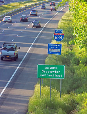 Interstate 684 - Image: CT state line signs on I 684