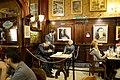 Cafe Tortoni La mesa que Borges acostumbraba ocupar.jpg