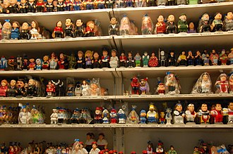 Caganer - Modern caricature caganers for sale