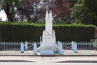 Campsas - Image: Campsas Monument aux Morts