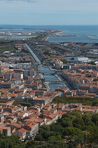 Hérault - Image: Canal de la Peyrade, Sète, Hérault 01