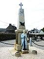 Carhaix 54 Le monument aux morts de Plouguer.jpg