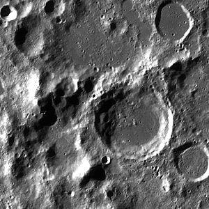 Cassegrain (crater) - Image: Cassegrain normal LROC