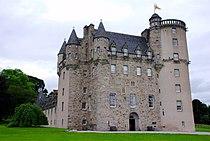 Castle Fraser, full view.jpg