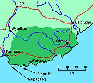 Waipapa Point - Waipapa Point lies in the far southwest of the Catlins.