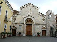 Cattedrale dei Santi Filippo e Giacomo 1.JPG