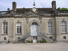 18th-century chateau