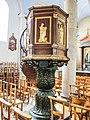 Chaire de l'église.de Cour-Saint-Maurice.jpg