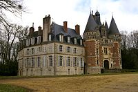 Chateau de St-Agil 01.jpg