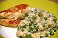 Chickenbreast and Pea Risotto with Lemon and Basil (4356295008).jpg