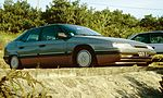 Citroen XM on a cliff top.jpg
