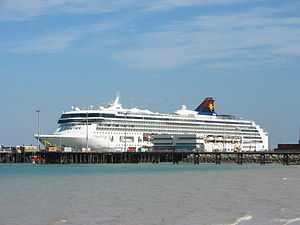 Cruise ship Star Virgo berthed at Fort Hill Wharf.jpg