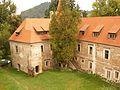 Curte - Castelul Bethlen din Criş.jpg