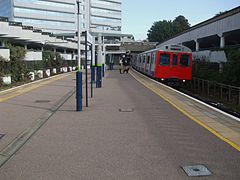 D Stock at Gunnersbury.JPG