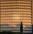 Das gelbe Hochhaus am Ziegelteller. - panoramio.jpg