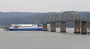 Delta Mariner after Eggner Ferry Bridge incident.jpg