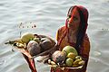 Devotee with Offerings - Chhath Puja Ceremony - Ramkrishnapur Ghat - Howrah 2013-11-09 4126.JPG