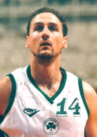 Dino Rađa - Rađa with Panathinaikos in 1998