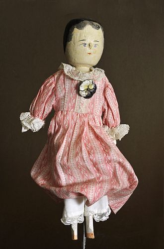 Peg wooden doll - Image: Dressed dutch doll Gröden