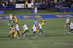 Darron Thomas - Image: Ducks on offense at Oregon at Cal 2010 11 13 3