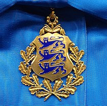 EST Order of the National Coat of Arms 1st class badge.jpg