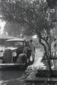 ETH-BIB-Abessinier neben Auto-Abessinienflug 1934-LBS MH02-22-0964.tif