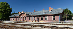 Elva, Estonia - Image: Elva raudteejaama peahoone