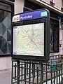 Entrée Station Métro Pyrénées Paris 4.jpg
