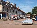 Entrains-sur-Nohain-FR-58-marché du mercredi-01.jpg