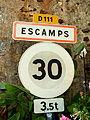 Escamps-FR-89-panneau d'agglomération-3.jpg