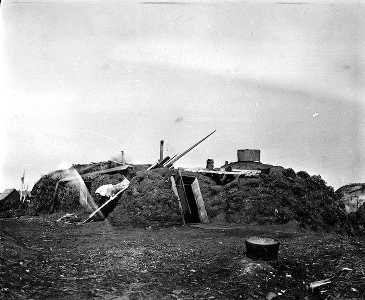 fileeskimo barabara or sod hut egegik alaska ca 1917