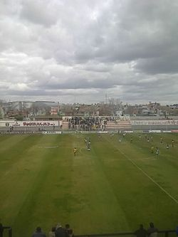 Estadio barracas central.jpg