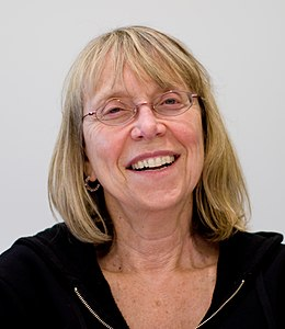 Esther Wojcicki (cropped).jpg