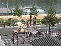 Etape 21 du Tour de France 2009, quai François-Mauriac 04.jpg