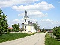 Farní kostel Drysice.jpg