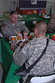 Father and son celebrate Christmas in Iraq DVIDS71202.jpg