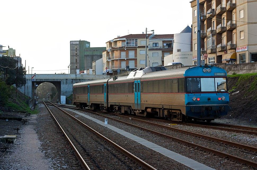 Flickr - nmorao - InterRegional 806, Estação de Caldas da Rainha, 2009.01.24