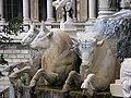 Fontaine du Palais Longchamp 1.jpg