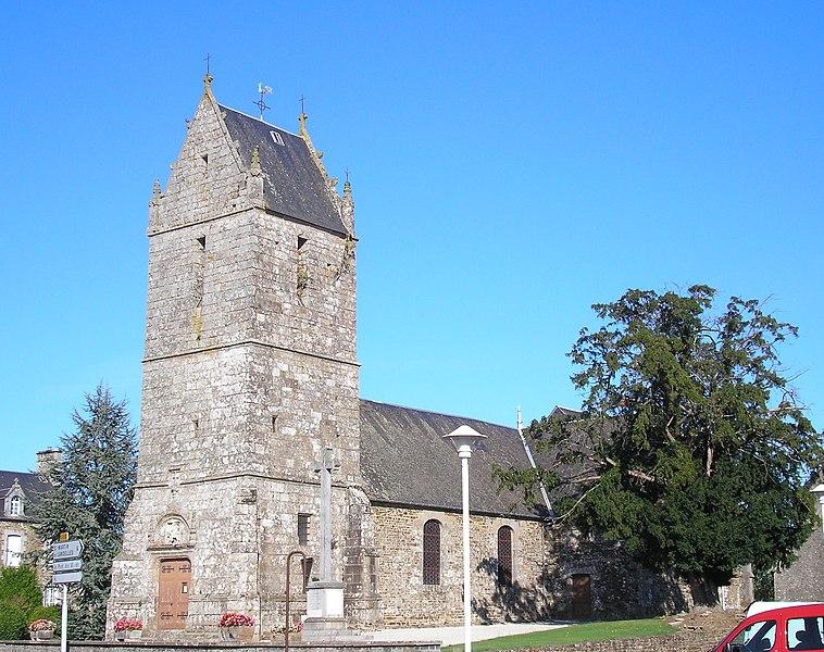 Isigny-le-Buat, commune associée des Biards (Normandie, France). L'église Saint-Martin.