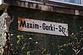 Frankfurt (Oder) Maxim-Gorki-Straße Detail Straßenschild.jpg
